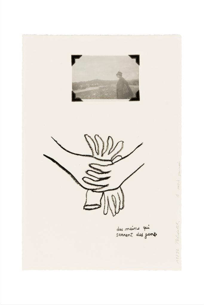 Des mains qui serrent des gants, 2010